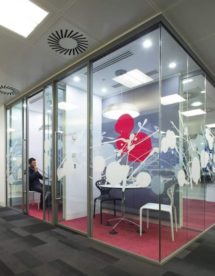 """HOK's New London Office Brings the Outside In Global architecture and design firm HOK has a reputation for creating innovative and """"green"""" spaces."""